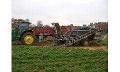 Pik Rite - Model 8020 - Carrot Harvester