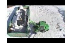 XL high tip bucket, Avant 300-700 Series attachment Video