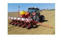 Model PS 120/200/300 - Fertiliser Pneumatic Sowing Machines