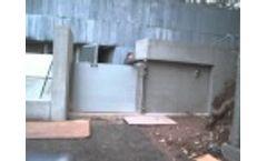Flood Gate - Lift-Hinge by Flood Control International Video