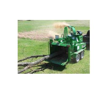 Bandit  - Model 1990XP - Hand-fed Chippers