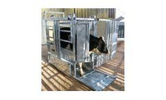 Universal - Model 500-05 - Heavy Duty General Purpose Cattle Crush