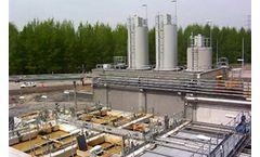 Comparison of Two Dispersion Models: A Bulk Petroleum Storage Terminal Case Study