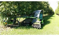 Sicma - Model B411 - Intensive Compact Self-Propelled Harvester