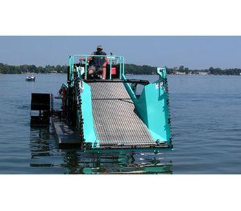 Inland - Model ILH6-300 - Diesel Powered Aquatic Weed Harvester