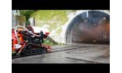 Railway system for EmiControls TAF35 fire-fighting robot - Video