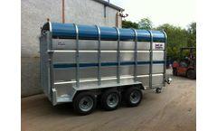 Humac - Tractor Drawn Livestock Trailers