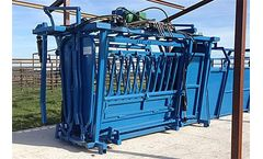 Cattleac Special - Model C-III - Hydraulic Squeeze Chutes
