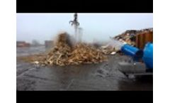 Dust Suppression in Wood Recycling Using SprayCannon 35 Self Supporting of MB Dustcontrol - Video