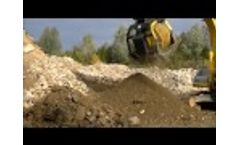 MB-S10 Screening Bucket Working with Natural Material Video
