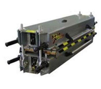 Almex Solo Xpress - Lightweight, Portable Frame Vulcanizer Press