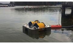 Lamor Minimax 50 Free-Floating Skimmer - Video