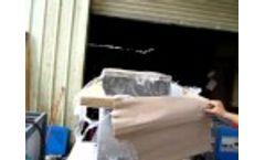 PP hard plastic crushing test video, plastic crusher Video