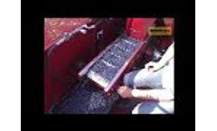 KAREN blueberry harvester - Video