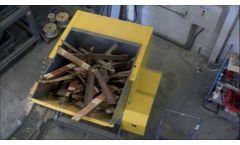 UNTHA LR Waste Wood Shredder - Video