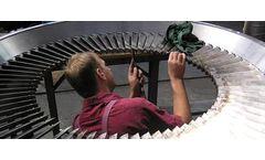 Marcrest - Mega Claw Bale Handling  Video