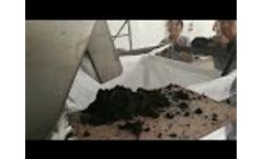 Screw sludge dewatering machine from Jiangsu Kintep Video