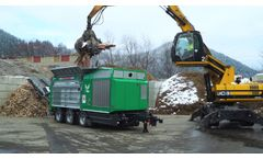 Komptech Terminator Shredding Waste Wood, Bulky Waste, MSW and Tyres Video