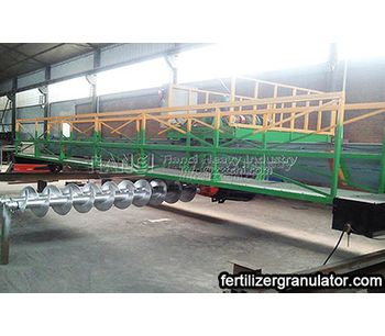 Turning machine is the technological equipment of manure compost fermentation