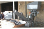 Model Type SK 240 H - Screw Compactor for Emptying and Compacting Aluminium Cans