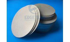 Features of porous titanium