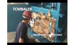 TCM BALER-vertical paper baler/pet bottles baling press Southafrica Botswana Lesotho Sudan Video