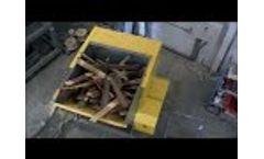 UNTHA LR Waste Wood Shredder Video