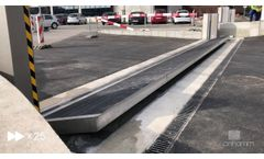 Automatic Flood Protection Barrier 6 m (20 ft) wide 1.3 m (4.4 ft) high - Demonstration - Video