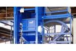 Automobile plastic shredding for the special waste recycling industry - Waste and Recycling