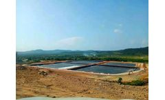 What are the advantages of a textured geomembrane?