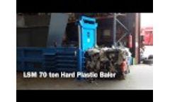 WRH700H Horizontal Baler bailing Hard Plastic - 450KG BALE!! - Video