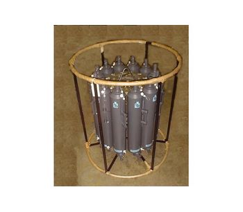 General Oceanics - Model 1015 - 12 Pos F/8 Liter Rosette Water Samplers