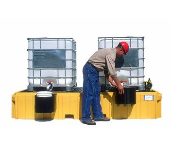 Twin IBC Spill Pallet with 2 Bucket Shelves - No Drain-2