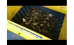 Best Popular Oil Filter Shredder /Scrap Car Truck Engine Oil Filter Crusher Machine/ Recycling Line Video