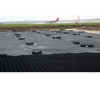 Airport environmental protection solutions for the runways & shoulders - Aerospace & Air Transport - Airports
