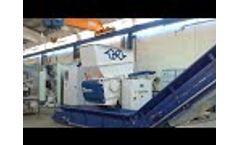 Lindner Apollo 700 Shredder - Lumps / Purgings - Video