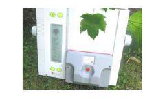 ADC BioScientific - Model AM350 - Portable Leaf Area Meter